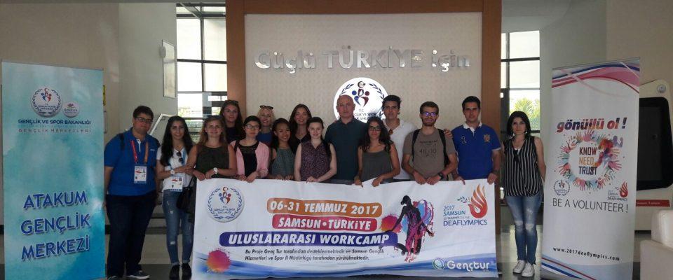 GENÇTUR Gönüllüleri İşitme Engelliler Olimpiyatları'nda